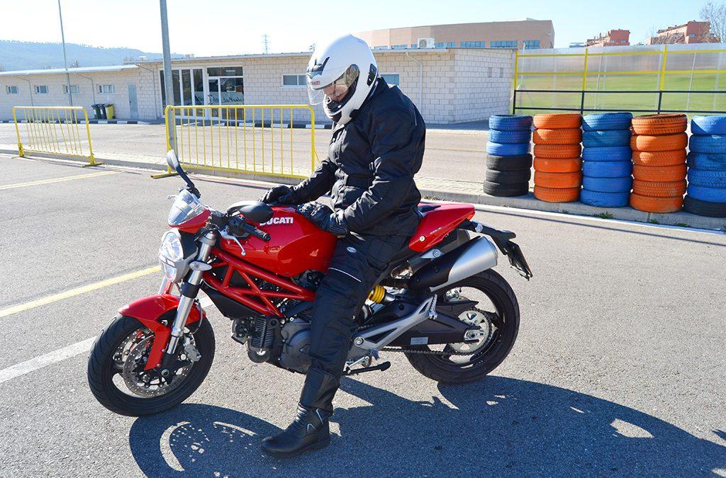 Experiencia de conducción con Ducati Monster
