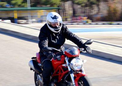 permiso-conducir-moto-006