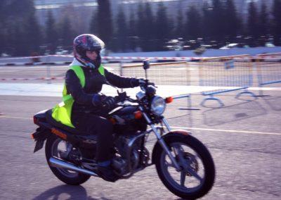 permiso-conducir-moto-007